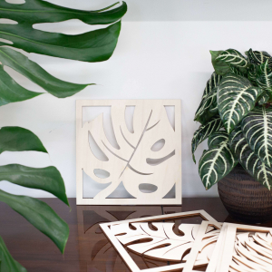 decorazione da parete in legno a forma di foglie