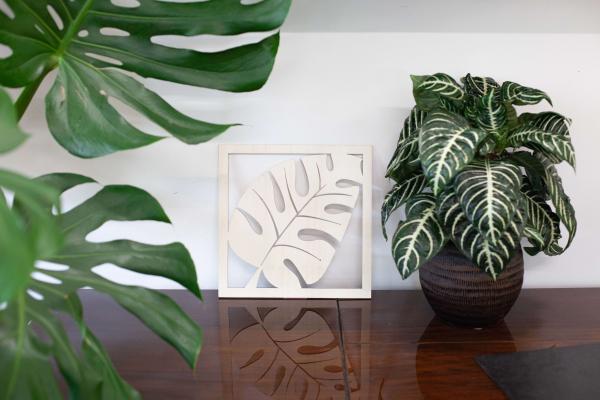 decorazione da parete in legno a forma di foglia
