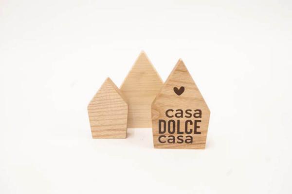decorazioni in legno massello a forma di casette